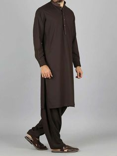 Here is the latest Pakistani men kurta shalwar kameez designs by top Pakistani designers. All of latest men kurta design for men are shown with pictures. Pakistani Kurta, Pakistani Dresses, Luxury Mens Clothing, Men's Clothing, Mens Shalwar Kameez, Gents Kurta, J Black, Islamic Clothing, Kurta Designs