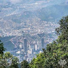 Te presentamos la selección: <<FOTO DEL DÍA>> en Caracas Entre Calles. ============================  F E L I C I D A D E S  >> @vicalejsp << Visita su galeria ============================ SELECCIÓN @huguito TAG #CCS_EntreCalles ================ Team: @ginamoca @huguito @luisrhostos @mahenriquezm @teresitacc @marianaj19 @floriannabd ================ #Caracas #Venezuela #Increibleccs #Instavenezuela #Gf_Venezuela #GaleriaVzla #Ig_GranCaracas #Ig_Venezuela #IgersMiranda #Great_Captures_Vzla…