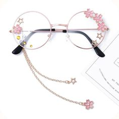 Online Shop Hand made the original lolita soft sister sweet Japanese harajuku girls round box cherry blossom put glasses cos who gay men Stylish Jewelry, Cute Jewelry, Costume Accessories, Jewelry Accessories, Cute Glasses, Circle Glasses, Girly Phone Cases, Japanese Harajuku, Fashion Eye Glasses
