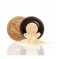 Fond de teint en poudre Tarte Cosmetics Amazonian Clay Full Coverage Airbrush Foundation 12-hour Couvrance moyenne àforte, sensation légère sur la peau.