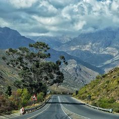 The Western Cape. Where you can climb a mountain and touch the sky all in the same day.    #viewfromtheroad #barloworldtransport #meetsouthafrica #southafrica #roadlovers #openroad #ontheroad #beautifuldestinations #roadshots  #fromwhereisit #thisissouthafrica #southafricaletsme #shotleft #wanderlust #exploremore #southafricathroughmyeyes #westerncape (scheduled via http://www.tailwindapp.com?utm_source=pinterest&utm_medium=twpin&utm_content=post103040609&utm_campaign=scheduler_attribution)