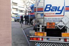 Camión cisterna con sosa cáustica liquida atrapado en el casco urbano. - See more at: http://www.forotransportistas.es/discussion/5643/camion-cisterna-con-sosa-caustica-liquida-atrapado-en-el-casco-urbano-/p1#sthash.PdLNzkNW.dpuf