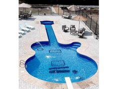 Pileta guitarra/ Swimming Pool Guitar