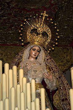 Hermandad de El Cachorro (Sevilla): Virgen del Patrocinio.