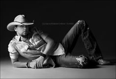 Jason Aldean...  Excuse me while I wipe this drool off my cheek...