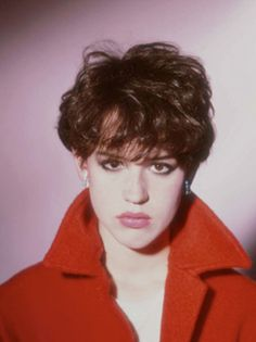 Yes I have a penchant for all things 80's anyway, but Molly Ringwald circa the Brat Pack era makes me long for her entire wardrobe.