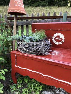 In meinem Garten glauben wir noch an Märchen. Outdoor Furniture, Outdoor Decor, Home Decor, Lawn And Garden, House, Decoration Home, Room Decor, Home Interior Design, Backyard Furniture