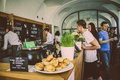 Ploskovice - Café Páv