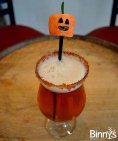 Confessions of a Mixologist: Pumpkin Spice Vanilla #garnish #pumpkin #beer #pumpkinbeer #halloween #october #spooky #spirits #vanillavodka #smirnoff #pumpkinspice