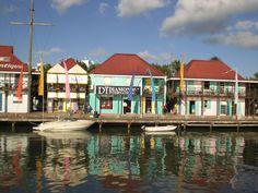 Conoce todo sobre mi experiencia viajando a Saint John's, Parroquia de Saint John, Antigua y Barbuda. Relatos, opiniones, experiencias, consejos de viajes y reserva de hoteles.