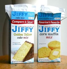Favorite Cornbread Recipe Super moist cornbread (the easy way) because sometimes from scratch is too much extra effort.Super moist cornbread (the easy way) because sometimes from scratch is too much extra effort. Jiffy Recipes, Jiffy Cornbread Recipes, Chili And Cornbread, Sweet Cornbread, New Recipes, Cooking Recipes, Favorite Recipes, Cornbread Recipe With Cake Mix, Recipes