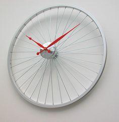 byciclette horloge trouver sur DaWanda.com