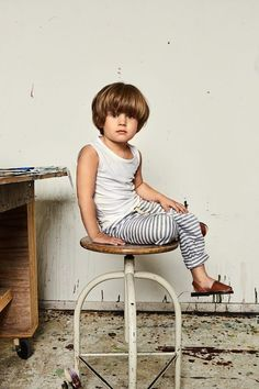 Modern, minimal and stylish clothes for babies, boys and girls