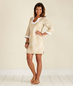 i want to be tan and wear this dress.  summer can't come soon enough.  vineyard vines