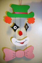 clown mobile craft « Preschool and Homeschool Kids Crafts, Clown Crafts, Circus Crafts, Carnival Crafts, Diy And Crafts, Arts And Crafts, Art N Craft, Craft Work, Theme Carnaval