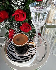 Coffee Tray, Coffee Corner, Coffee Love, Coffee Drinks, Coffee Images, Coffee Pictures, Good Morning Dear Friend, Happy Friendship Day, Good Morning Greetings