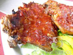Kořeněná vepřová žebírka zapečená v pikantní omáčce. Recept i pro slavnostní chvíle. Tandoori Chicken, Meat, Ethnic Recipes, Food, Essen, Meals, Yemek, Eten