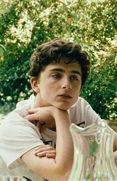timothee chalamet // call me by your name Beautiful Boys, Pretty Boys, Francis Wolff, Timmy T, Movies And Series, Donald Glover, Call Me, Cute Guys, Hunger Games