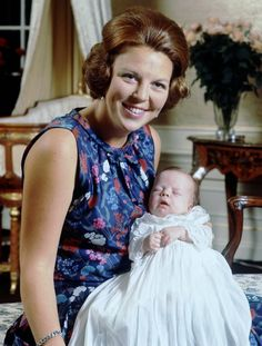 Prins Friso met zijn trotse Mamma Beatrix (NL)