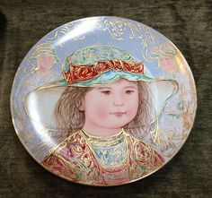 """WENDY, Artist Edna Hibel, """"A Tribute to Children"""" Series 3, #521, Knowles Pottery Collector's Plates"""