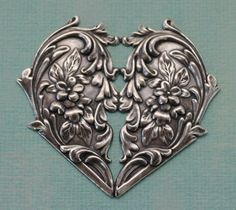 Ornate Silver Heart 1112 by charmparfait on Etsy, Pewter Art, Pewter Metal, Heart In Nature, Heart Art, Metal Projects, Metal Crafts, Aluminum Foil Art, Metal Embossing, Tin Art