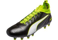 Buy your original colorway of the Puma evoTOUCH Pro from SoccerPro today. Great prices available right now!