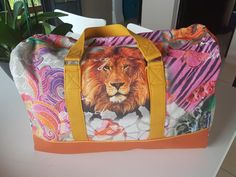 Sac weekend Boston lion cousu par Ti Ti - Patron sac week-end Sacôtin www.sacotin.com