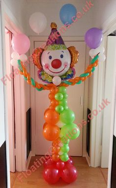 Mr Juggles the 8 feet tall clown balloon sculpture. Excellent for kids birthday parties