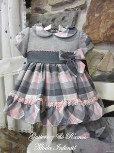 Gutiérrez y Ramos Moda infantil: Amapola & Loan bord. Baby Girl Dress Patterns, Dresses Kids Girl, Girls Party Dress, Little Girl Dresses, Toddler Girl Style, Toddler Dress, Baby Dress, Baby Outfits, Kids Outfits