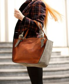 b7afd32d614d 68 besten Leder Bilder auf Pinterest   Beige tote bags, Leather ...
