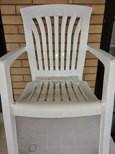 Nuova guida, come pulire sedie e tavoli in resina o plastica