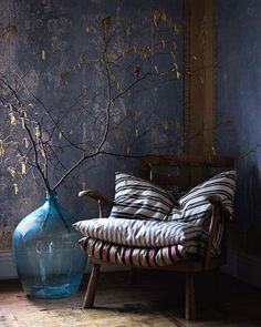 The design aesthetic ''Wabi-sabi'' which shaped up in 2018 is still the décor trend of the moment. The Japanese decor trend will be huge in 2019 as well. Wabi-sabi is in spirit with Japanese way of…