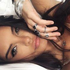 Stacked up rings and bracelets :) Makeup Inspo, Makeup Inspiration, Beauty Makeup, Hair Makeup, Hair Beauty, Beauty Bar, Makeup Ideas, Selfies, Selfie Poses