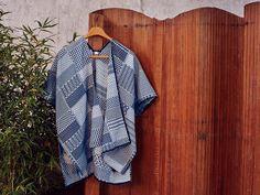#ESPRIT #Spring #Lookbook #poncho #cape #graphic #white #blue