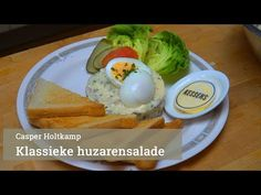(75) Klassieke huzarensalade van Casper Holtkamp - YouTube Meat Salad, Salads, Eggs, Fresh, Breakfast, Youtube, Food, Morning Coffee, Eten
