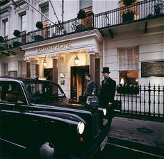 Browns Hotel in London. With all the fuss about Claridges lately on TV I thought I'd put in a word for my favourite London Hotel in Albemarle Street. I am often to be found in the Donovan Bar when I am entertaining a friend