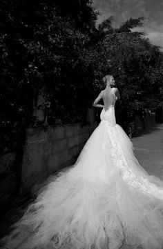 How's this for a wedding dress?  #bridal #weddings