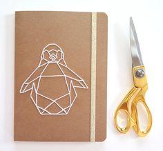 Carnet brodé - Pingouin : Carnets, agendas par shylylovely-boutique
