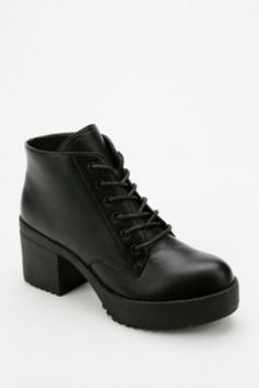 Wanted Knockout Lace-Up Heeled Boot