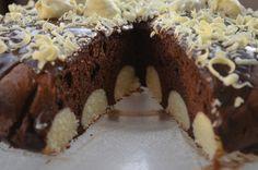 Gâteau au chocolat avec des boules de coco   Gâteaux & Délices
