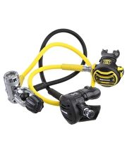 Apeks XTX 50 Plus XTX 40 Regulator Set The Apeks XTX 50 and XTX 40 Octopus regulator package is an excellent set for divers who need ultra reliability and performance in even the coldest of conditions http://www.MightGet.com/january-2017-13/apeks-xtx-50-plus-xtx-40-regulator-set.asp