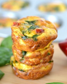 Spinach and Red Pepper Mini-Frittatas #foodie #breakfast #dan330 http://livedan330.com/2015/04/26/spinach-and-red-pepper-mini-frittata/