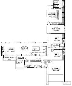 L-shaped, single level ranch style house (2,500sqft, facade is 70' wide, 90' deep). Add a guest suite to the left of the living room, after an outdoor alcove with barbeque.