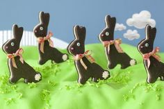 Recipe: Chocolate Sandwich Bunny Cookies with Marshmallow Buttercream