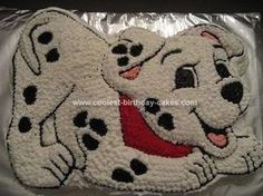 Homemade  101 Dalmations Birthday Cake: My daughter LOVES her 101 Dalmation stuffed animal that she got as a gift so I decided to make her a  101 Dalmations Birthday Cake for her 1st birthday.