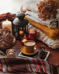 Coffee Candle, Coffee Latte, Cozy Coffee, Autumn Coffee, Coffee Time, Kombucha Brands, Candle Jars, Candles, Autumn Cozy