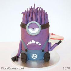 Minions Despicable Me Birthday Cake  birthday cakes