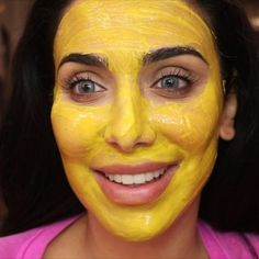 turmeric face mask This DIY Tumeric Face Mask Will Help You Avoid Staining While Still Getting Those Beauty Benefits VIDEO Diy Tumeric Face Mask, Tumeric Masks, Honey Face Mask, Honey Tumeric Mask, Tumeric For Acne, Turmeric Facial, Turmeric Tea, At Home Face Mask, Diy Face Mask