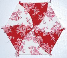 English paper piecing with curved seams.