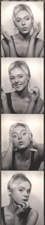 Edie Sedgwick in the photobooth, 1965.